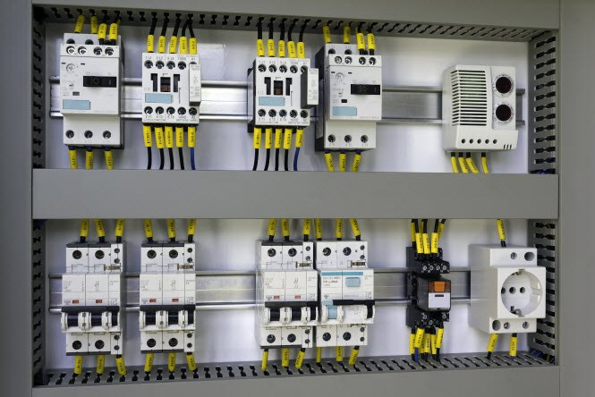 How to design a limited power source industrial AC/DC