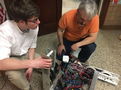 Steve Clynes, Member Group Technical Staff, PSIL-PI Test and Validation, and volunteer robotics mentor for FRC 5242, RoboCats, Woodrow Wilson High School